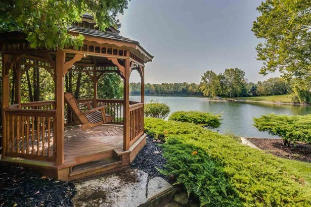 2139 Willow Lake Dr, Mishawaka, IN - USA (photo 5)
