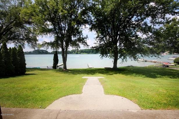 71196 Indiana Lake Drive, Union, MI - USA (photo 4)