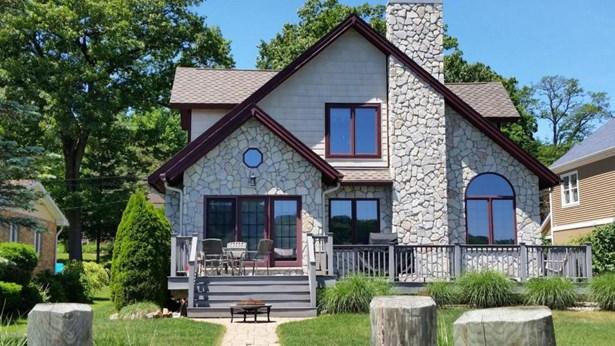 55921 Inn-d-inn Drive , Dowagiac, MI - USA (photo 1)