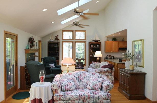 12809 Highland Shores Drive, Sawyer, MI - USA (photo 4)