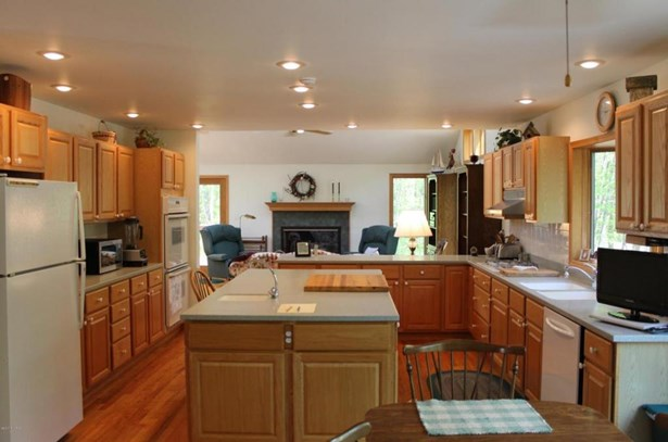 12809 Highland Shores Drive, Sawyer, MI - USA (photo 5)