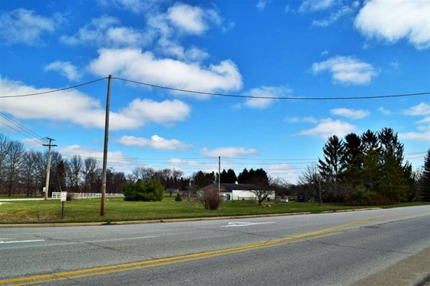 29829 County Road 10, Elkhart, IN - USA (photo 2)