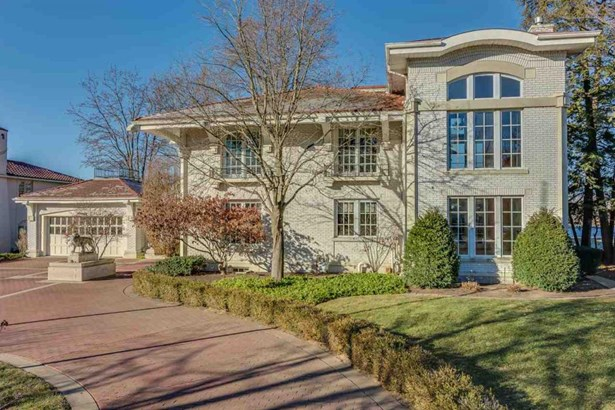 8 St. Joseph Manor, Elkhart, IN - USA (photo 1)