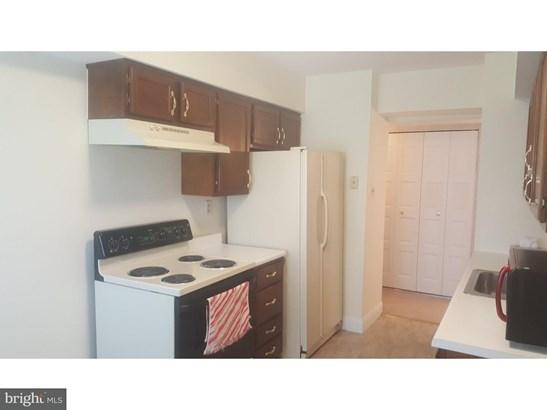 Condominium, Contemporary - MARLTON, NJ (photo 3)
