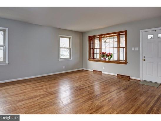 Single Family Residence, Bungalow - WEST COLLINGSWOOD HT, NJ (photo 5)