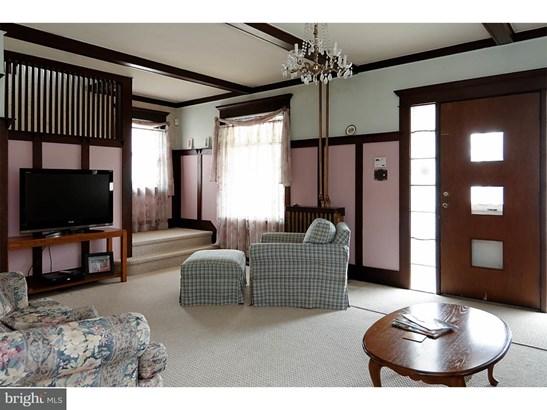 Single Family Residence, Colonial - AUDUBON, NJ (photo 5)