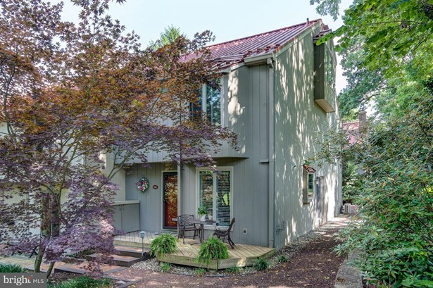 Contemporary, End Of Row/Townhouse - HADDONFIELD, NJ