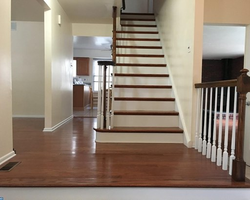 Colonial, 2-Story,Detached - CHERRY HILL, NJ (photo 3)