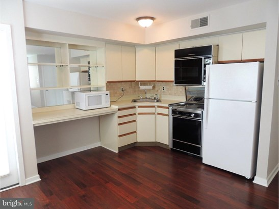 Unit/Flat, Contemporary - VOORHEES TWP, NJ (photo 4)