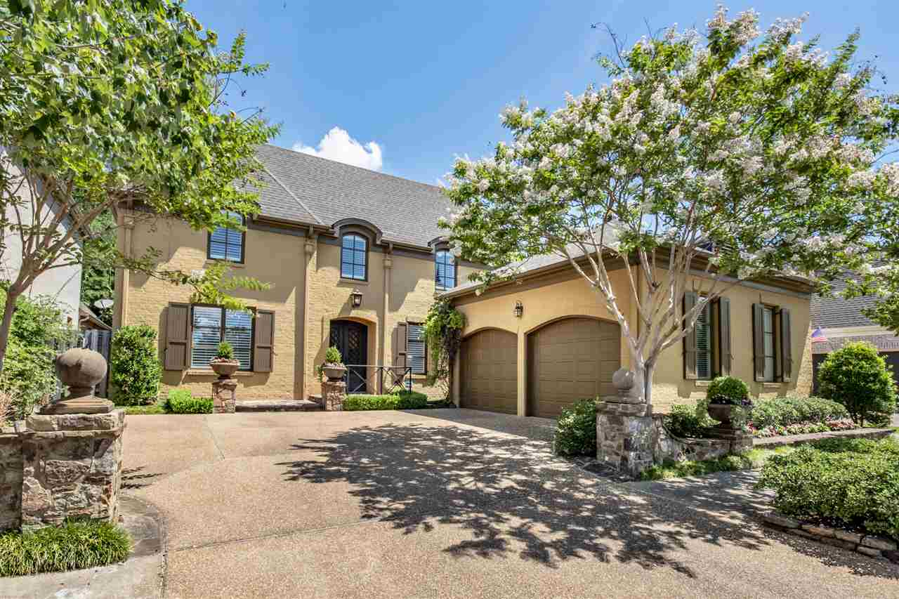 Detached Single Family, French - Collierville, TN