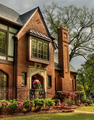 Detached Single Family, Traditional - Memphis, TN (photo 3)