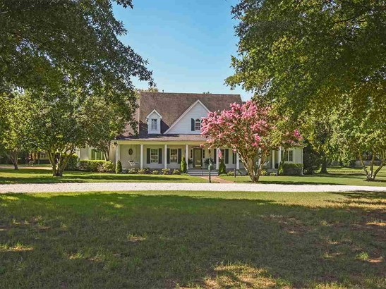 Detached Single Family, Colonial - Collierville, TN