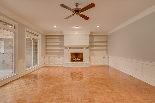 Detached Single Family, Traditional - Germantown, TN (photo 3)