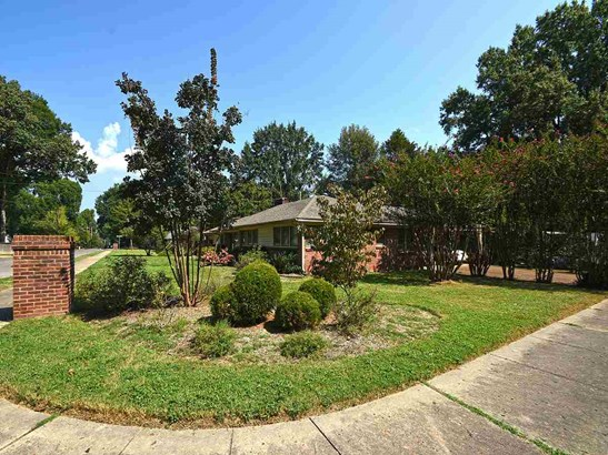 Detached Single Family, Traditional,Soft Contemporary,Ranch - Memphis, TN (photo 2)