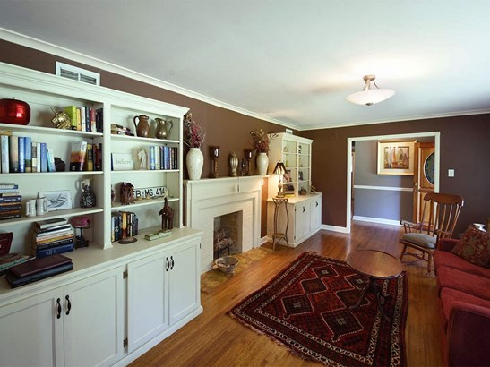 Detached Single Family, Traditional,Soft Contemporary,Ranch - Memphis, TN (photo 4)
