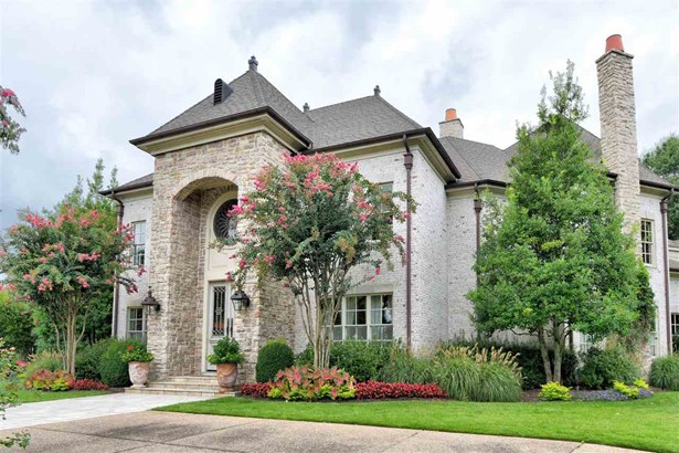 Detached Single Family, Traditional,French - Memphis, TN