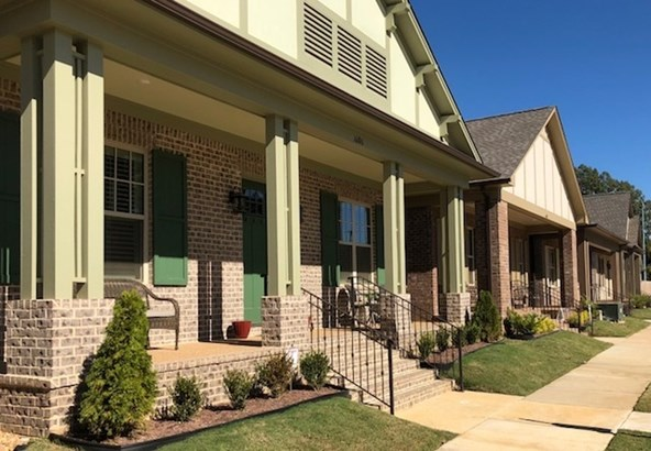 Detached Single Family, Traditional - Collierville, TN (photo 1)