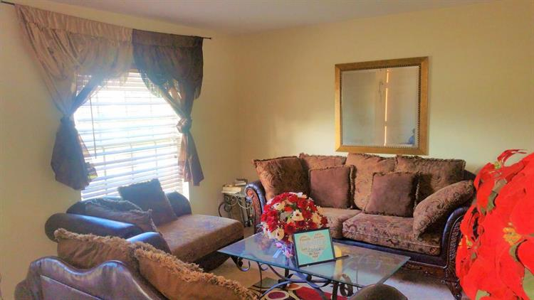 597 Nw Salina Terrace, Fort Pierce, FL - USA (photo 2)