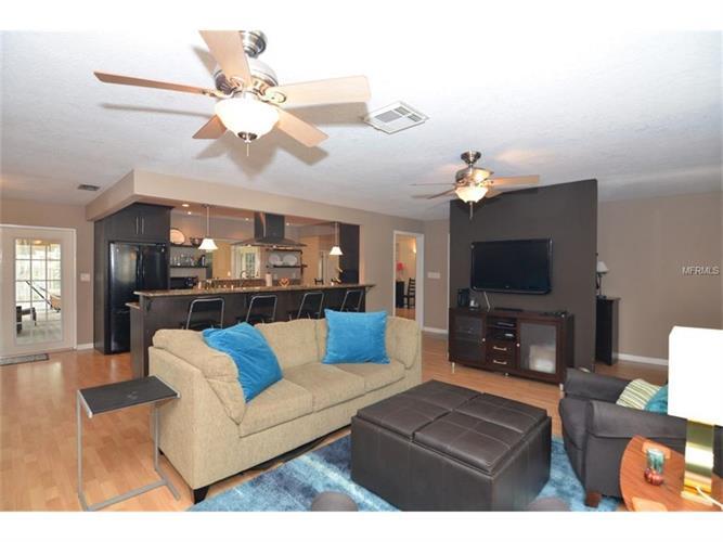 1050 Sweetbriar Rd, Orlando, FL - USA (photo 3)