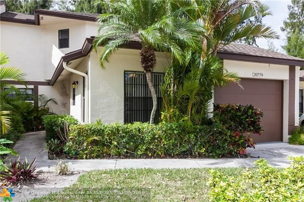Condo/Co-op/Villa/Townhouse - Boca Raton, FL (photo 1)