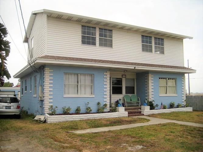 381 Brookline Avenue, Daytona Beach, FL - USA (photo 2)