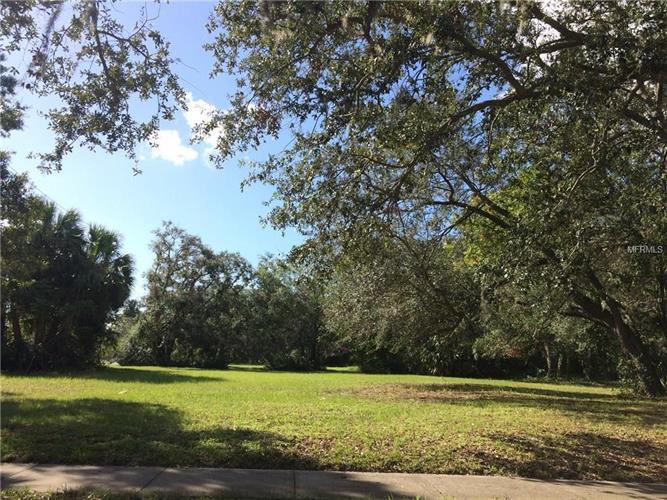 204 S Poplar Ave, Sanford, FL - USA (photo 2)