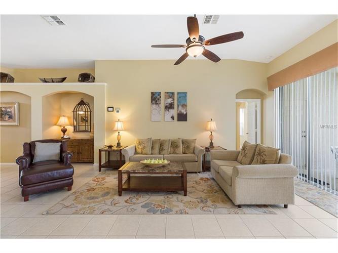 8186 Fan Palm Way, Kissimmee, FL - USA (photo 4)