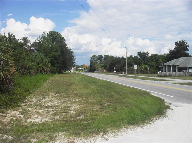 2025 Wiggley Farms Rd, Deltona, FL - USA (photo 5)