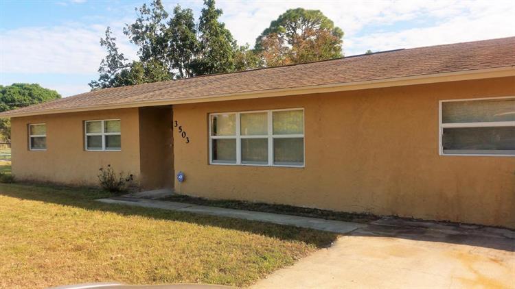 3503 Avenue Q, Fort Pierce, FL - USA (photo 1)