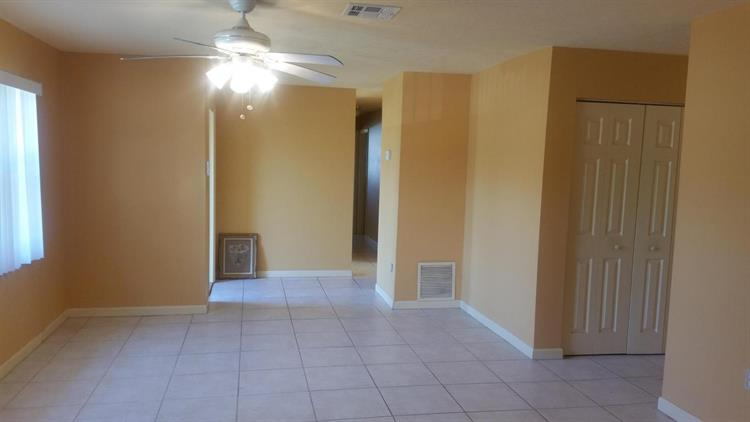3503 Avenue Q, Fort Pierce, FL - USA (photo 2)