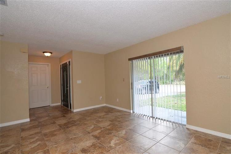 210 S Moss Rd, Winter Springs, FL - USA (photo 2)