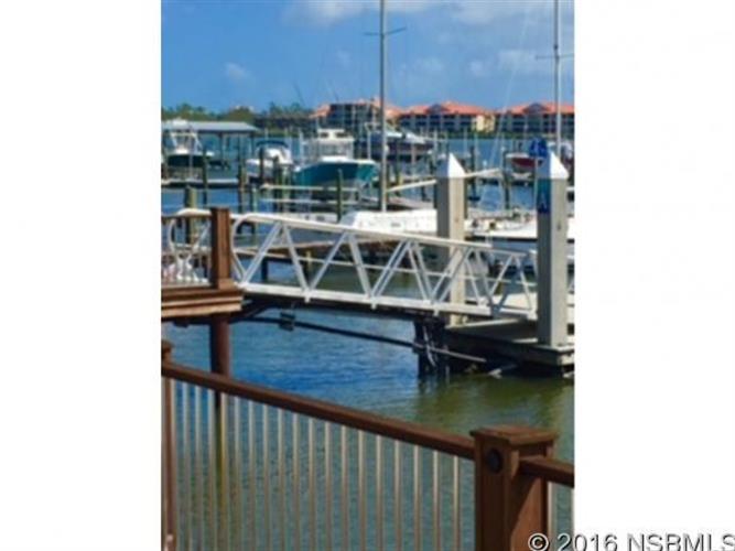 443 Bouchelle Dr 202, New Smyrna Beach, FL - USA (photo 1)