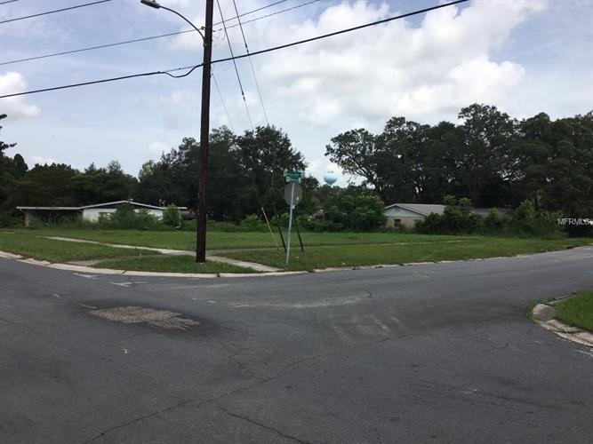 6701 Ambassador Dr, Orlando, FL - USA (photo 2)
