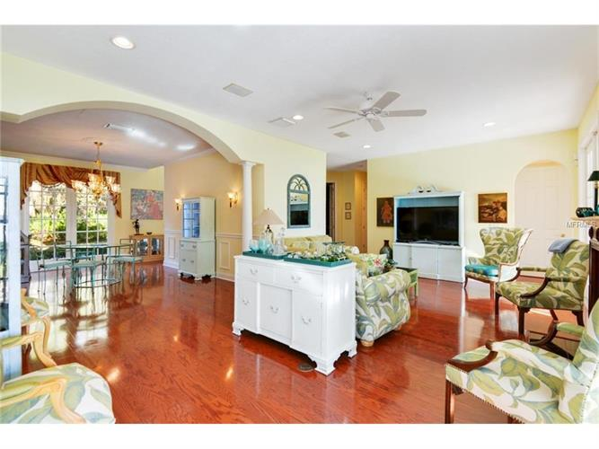 8819 Lake Mabel Dr, Orlando, FL - USA (photo 2)