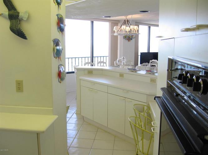 2555 Atlantic Avenue 1901, Daytona Beach Shores, FL - USA (photo 4)