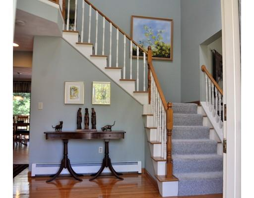 39 Andrews Rd, Wakefield, MA - USA (photo 2)