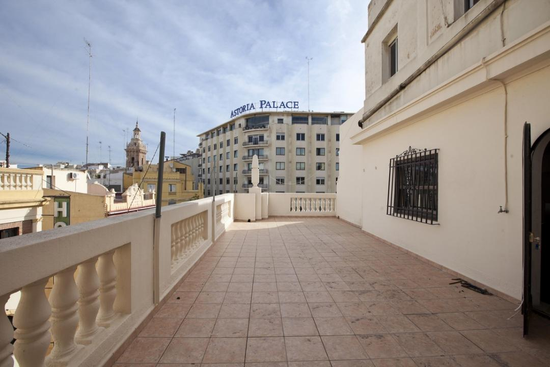 Centro - Plaza Ayuntamiento, Valencia - ESP (photo 1)