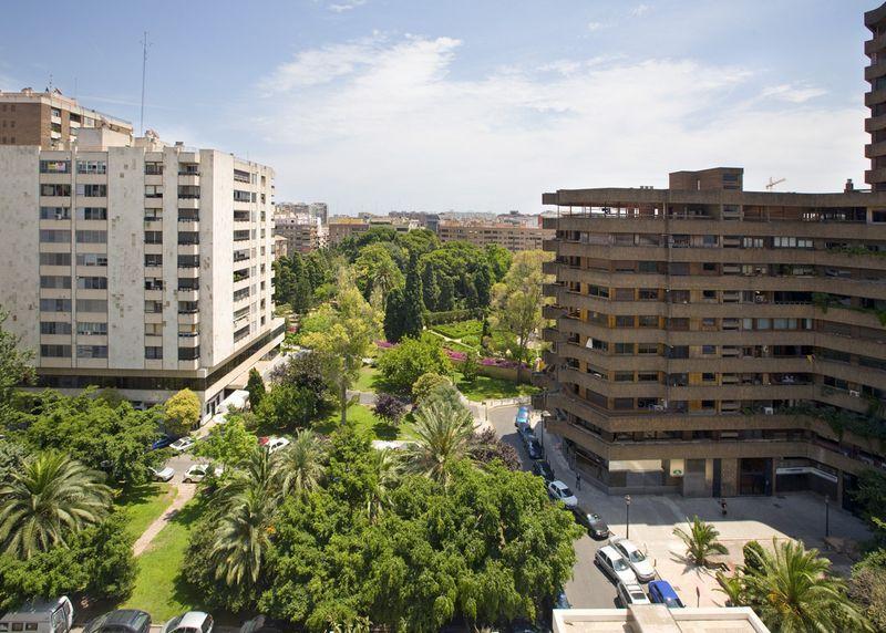Viveros-blasco Ib��ez, Valencia - ESP (photo 1)