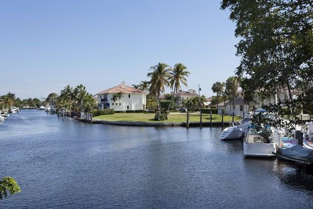 3701 Ne 26th Ave, Lighthouse Point, FL - USA (photo 2)