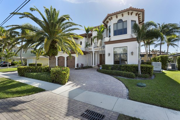 800 Ne 70th Street, Boca Raton, FL - USA (photo 1)