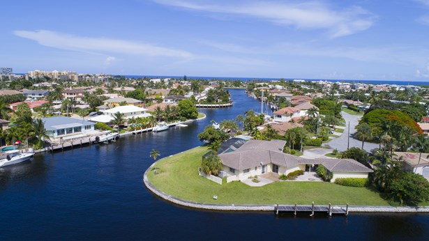1233 Se 14th Ave, Deerfield Beach, FL - USA (photo 2)