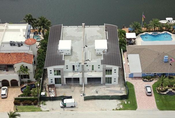 2766 Ne 29th Street East, Lighthouse Point, FL - USA (photo 5)
