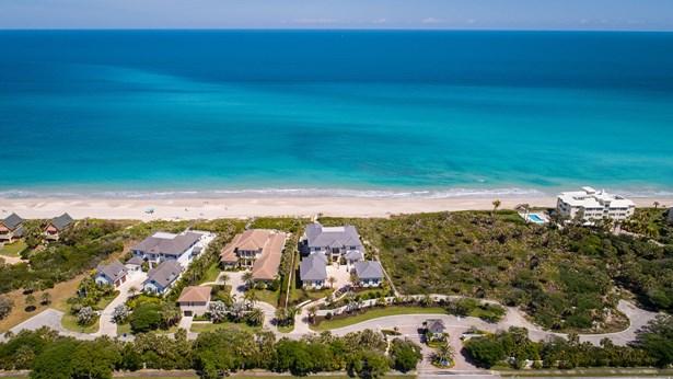 9030 Rocky Point Drive, Vero Beach, FL - USA (photo 1)