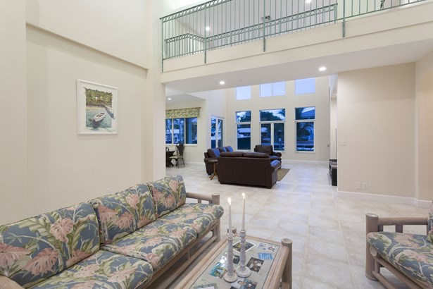 277 Tropic Dr, Lauderdale By The Sea, FL - USA (photo 5)