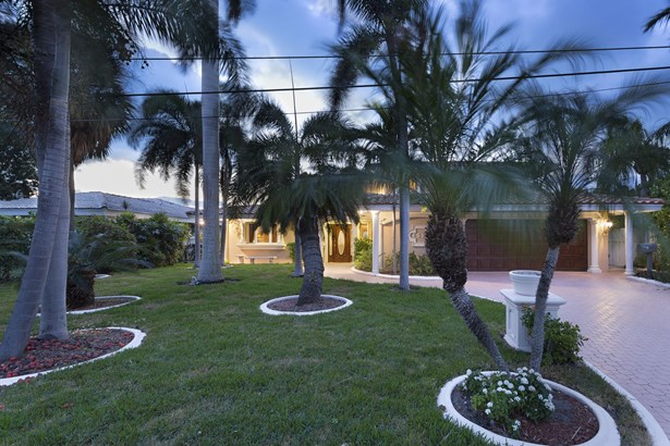 4513 W Tradewinds Ave, Lauderdale By The Sea, FL - USA (photo 3)