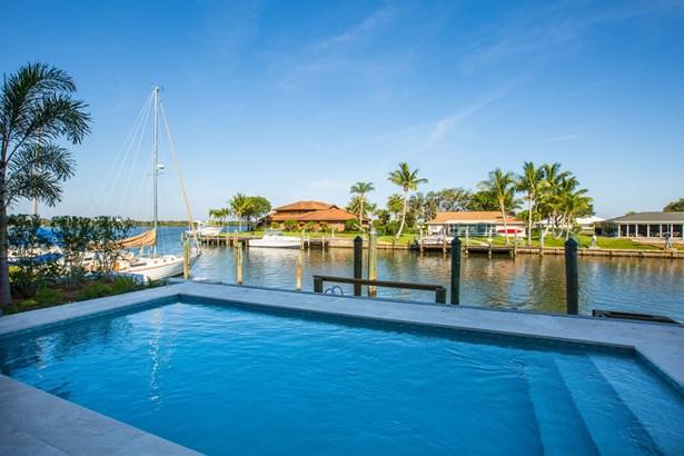 21-c Royal Palm Pointe, Vero Beach, FL - USA (photo 1)