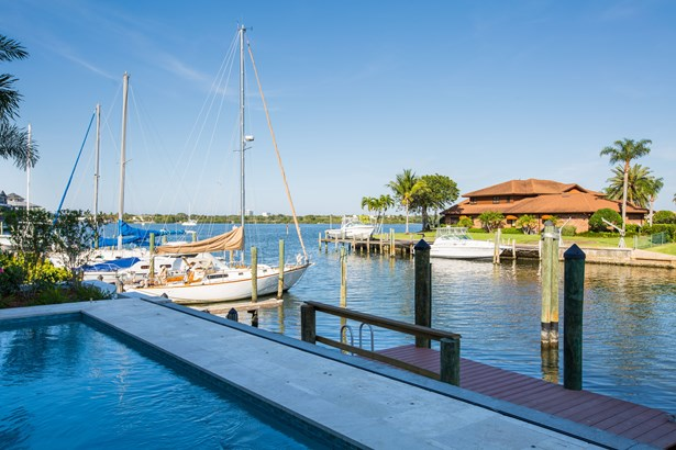 21-c Royal Palm Pointe, Vero Beach, FL - USA (photo 2)