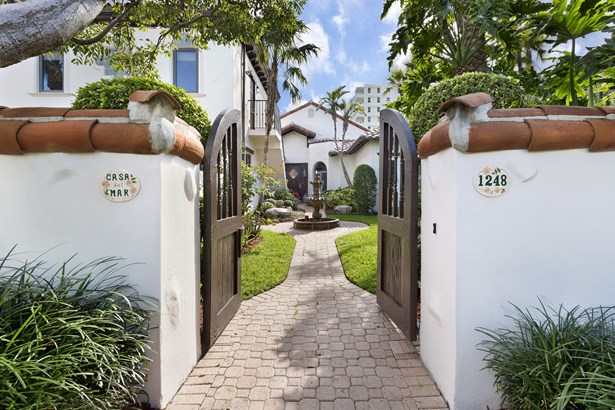 1248 Vista Del Mar Drive, Delray Beach, FL - USA (photo 2)