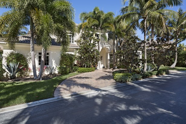8 Ocean Harbour Circle, Ocean Ridge, FL - USA (photo 2)