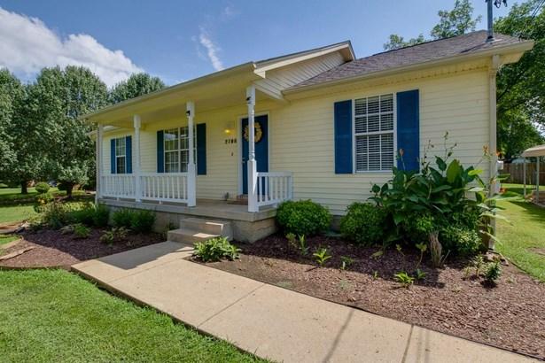 2706 Oak Point St, Murfreesboro, TN - USA (photo 1)